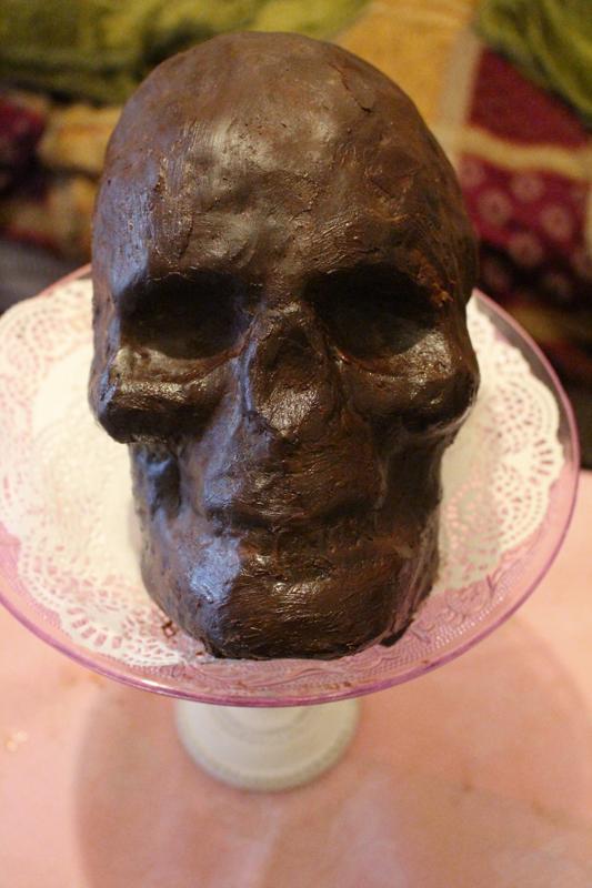 Junesees.wordpress.com-Birthday-Skull-Cake-168