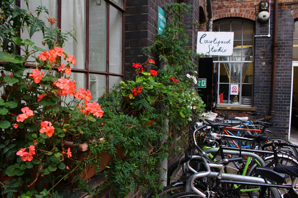 Junesees.wordpress.com-Courtyard-Studio-Jul14_04
