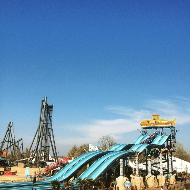 Oh_my_goodness_I_m_at__thorpepark_with_my_best_friend_Ruth_and_co._Planning_to_do_some_urban_sketching____dayout__fun__roadtrip